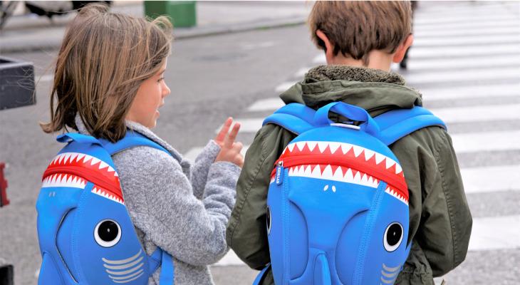 ¡Todos los padres están comprando estas mochilas para sus hijos!
